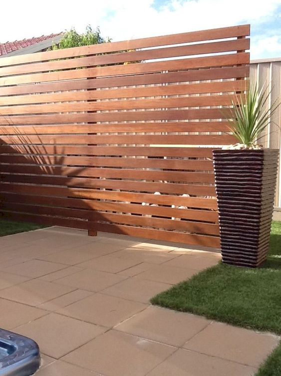 Backyard Fence Ideas 20