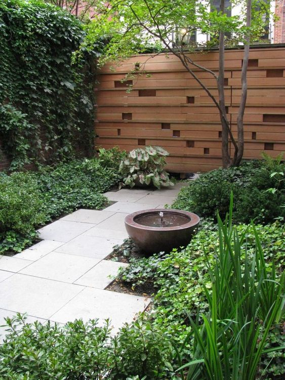 Backyard Fence Ideas 21