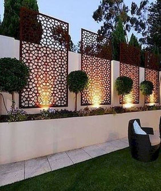 Backyard Fence Ideas 24