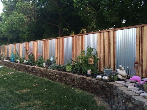 Backyard Fence Ideas 25