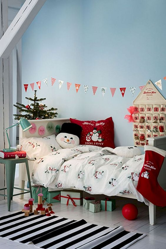 Christmas Bedroom Decor 10