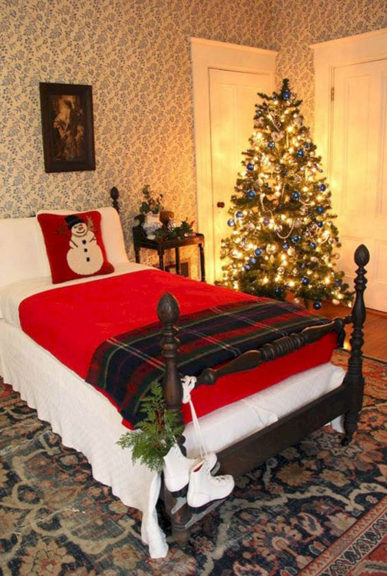 Christmas Bedroom Decor 21