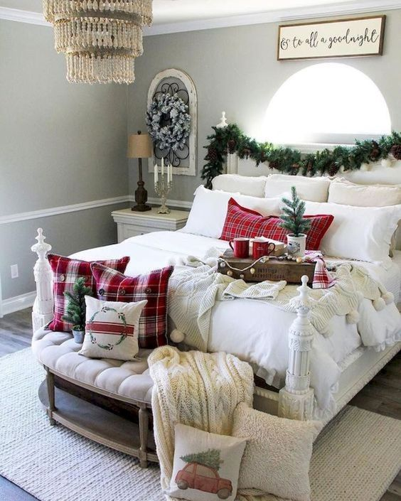Christmas Bedroom Decor 9