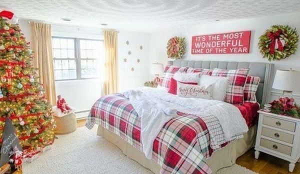 Christmas Bedroom Decor feature