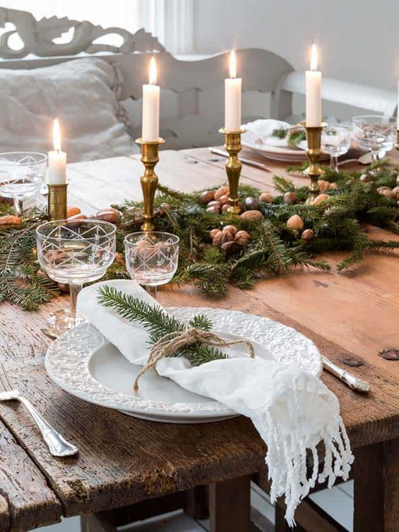 Christmas Dining Room Decor 20