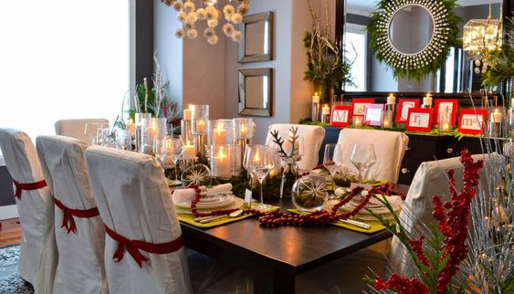Christmas Dining Room Decor 23