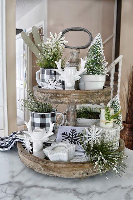 Christmas Kitchen Decorations: Catchy Farmhouse Decor