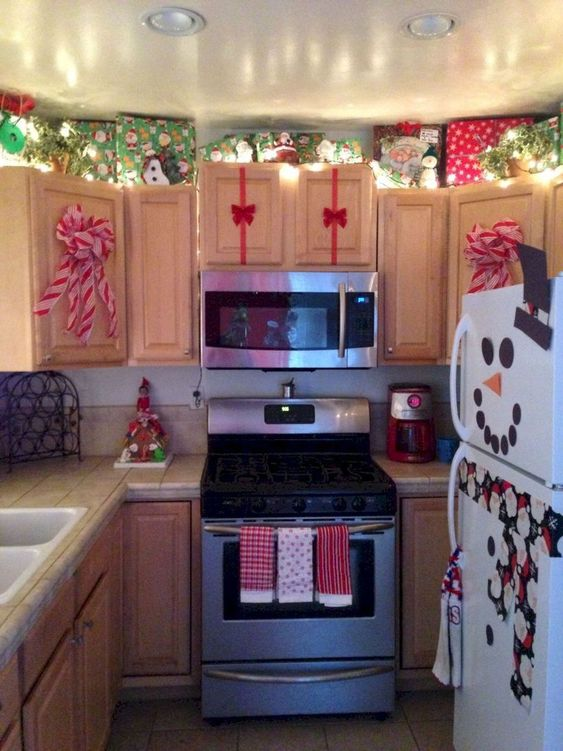 Christmas Kitchen Decorations 23