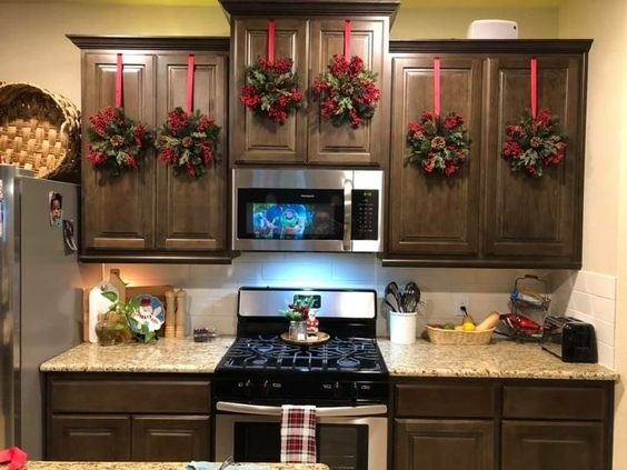 Christmas Kitchen Decorations 25