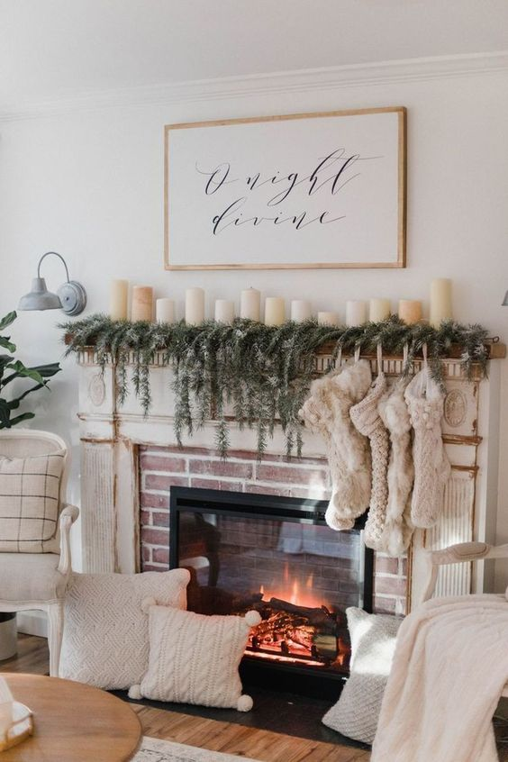 Christmas Living Room Decor: Warm Earthy Decor