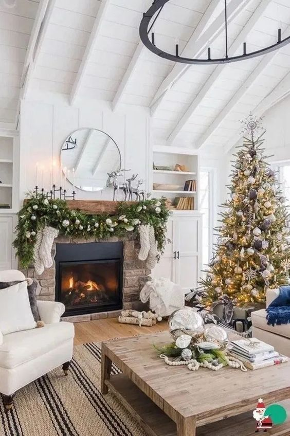 Christmas Living Room Decor 11