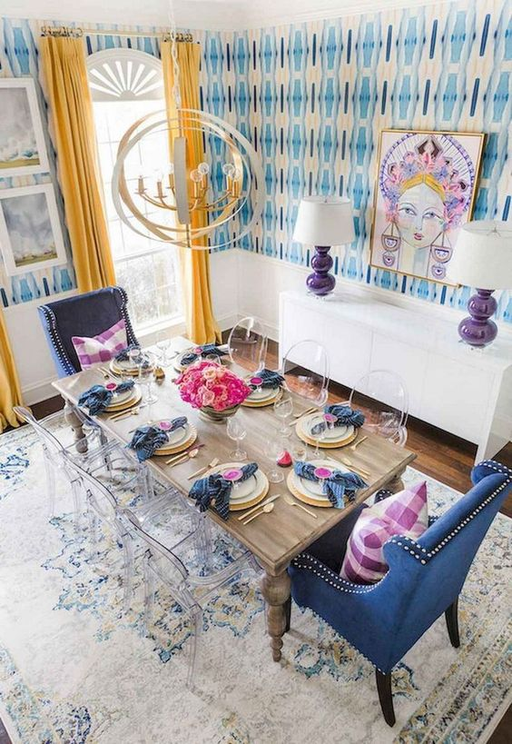 Eclectic Dining Room Ideas: Striking Festive Decor