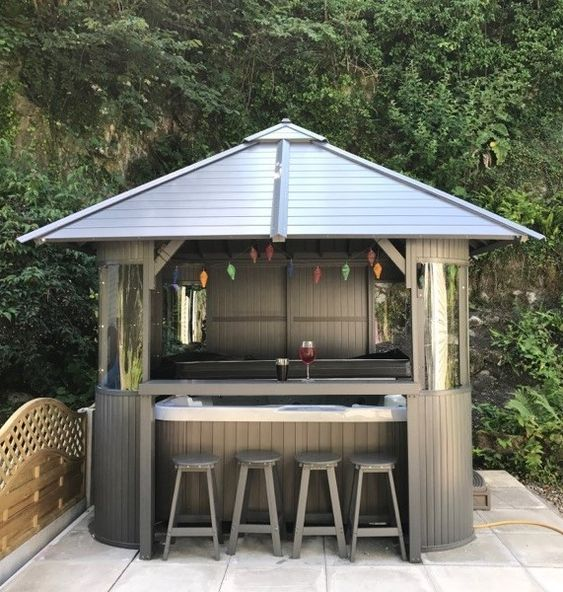 Hot Tub Backyard: Simple Cozy Gazebo