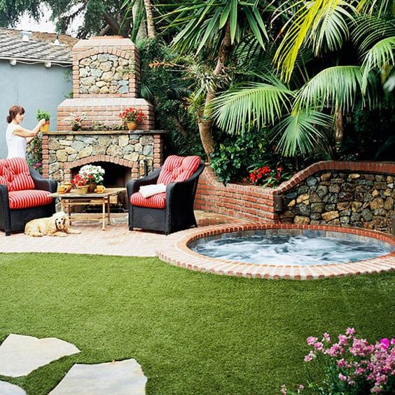Hot Tub Backyard: Mesmerizing Cozy Patio