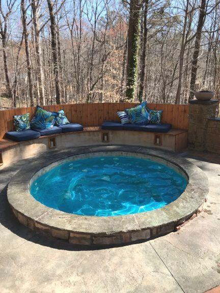 Inground Hot Tub: Gorgeous Round Design