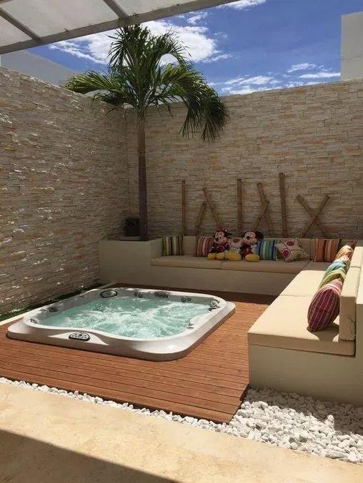 Inground Hot Tub: Simple Stylish Design