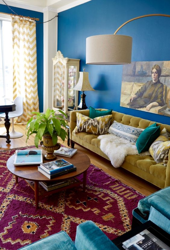 Living Room Decor Ideas: Striking Eclectic Style