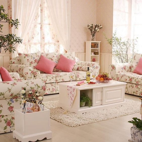 Living Room Decor Ideas: Lovely Shabby-Chic Style