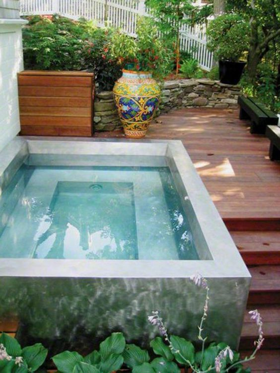 Simple Swimming Pool Ideas: Above-Ground Pool Design