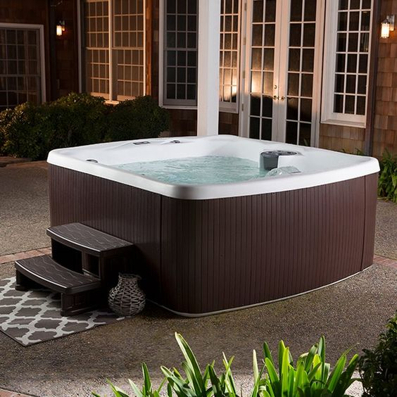 small hot tub ideas 10