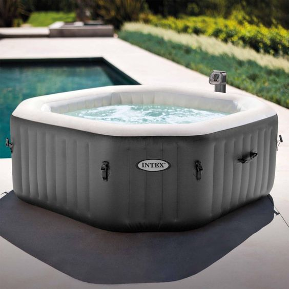 small hot tub ideas 16