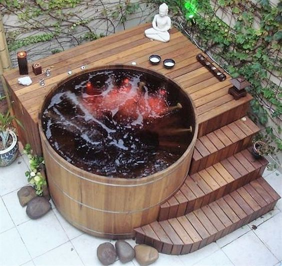 small hot tub ideas 19