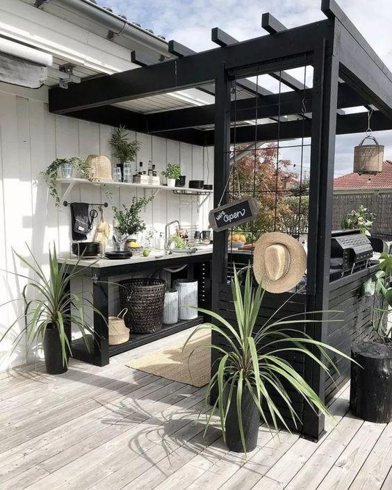 DIY Backyard Oasis Ideas 18