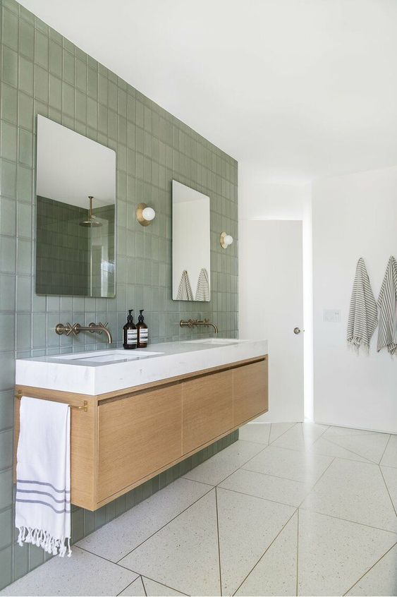 Gray Bathroom Ideas 16