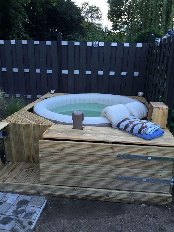 Hot Tub Ideas: Cheap Simple Design