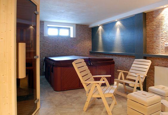 Indoor Hot Tub Ideas 15