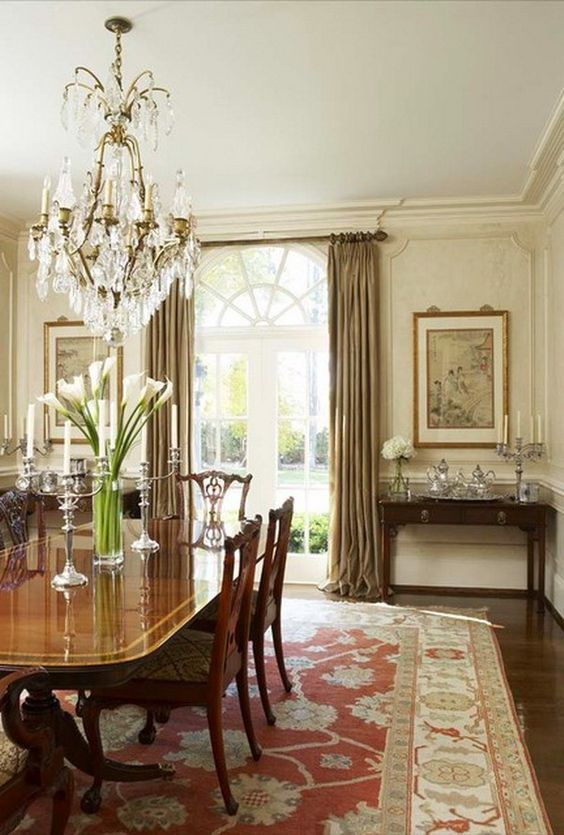 Traditional Dining Room Ideas 26