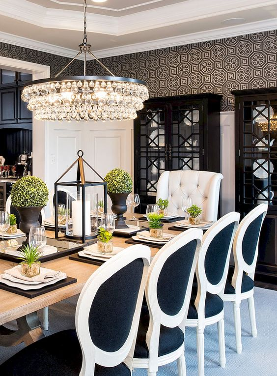 Traditional Dining Room Ideas 27