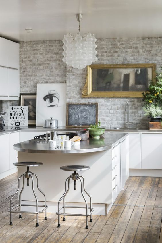 Industrial Kitchen Ideas: Elegant White Kitchen