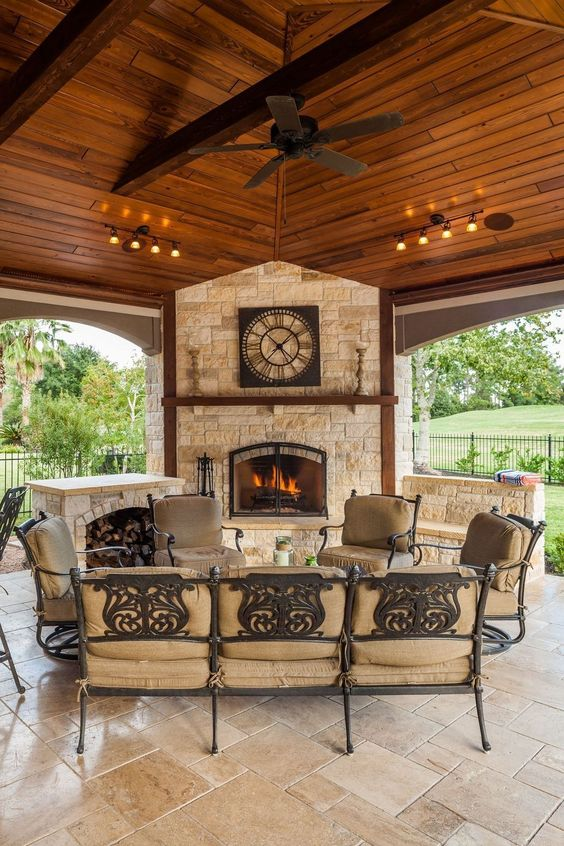 Backyard Fireplace Ideas: Attractive Earthy Vibe