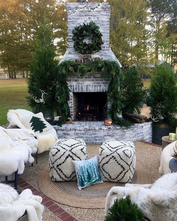 Backyard Fireplace Ideas 16