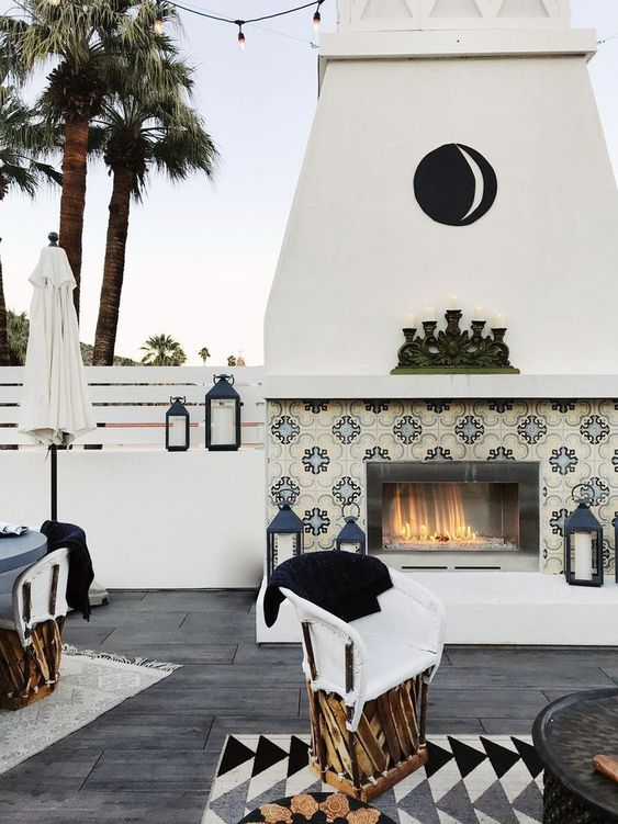 Backyard Fireplace Ideas: Modern Decorative Area