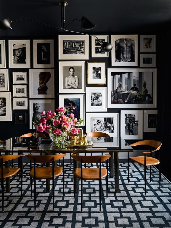 Black Dining Room Ideas: Eye-Catching Wall Decor