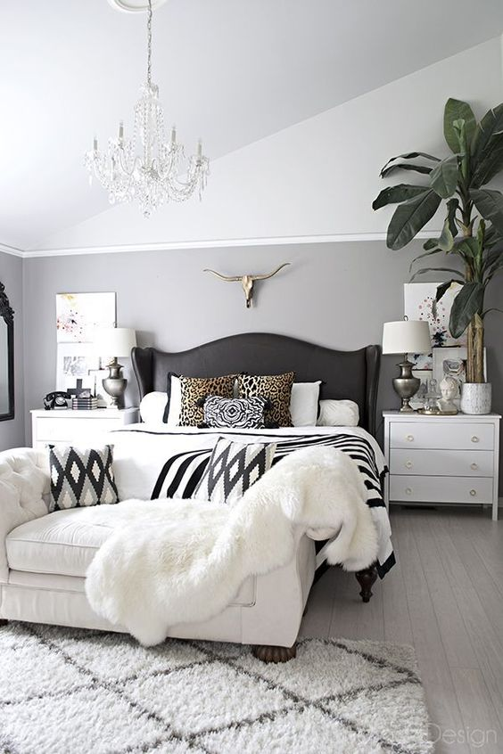 Bedroom Furniture Ideas: Elegant Monochromatic Sofa