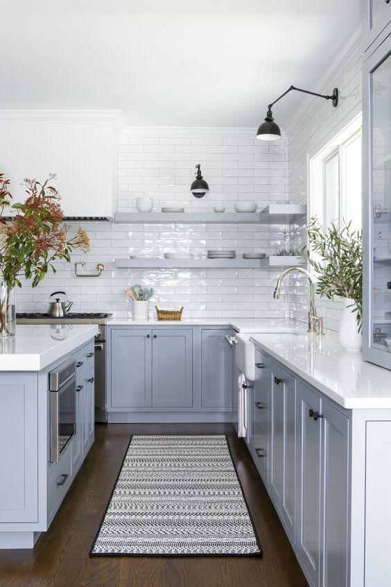 Farmhouse Kitchen Ideas: Stunning Color Schemes