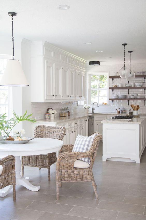 Farmhouse Kitchen Ideas: Calming Earthy Vibe