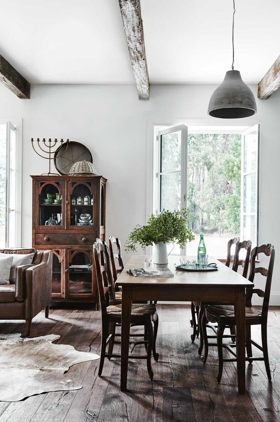 Simple Dining Room Ideas 7
