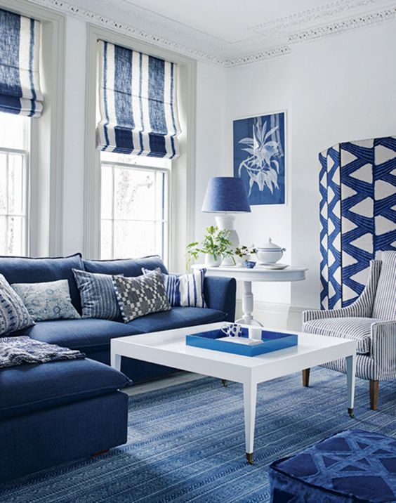 Navy Living Room Ideas: Chic Navy and White