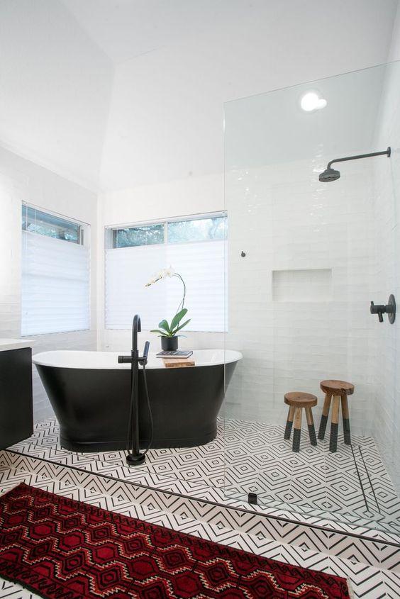Bathroom Bathtub Ideas: Modern Soaking Tub