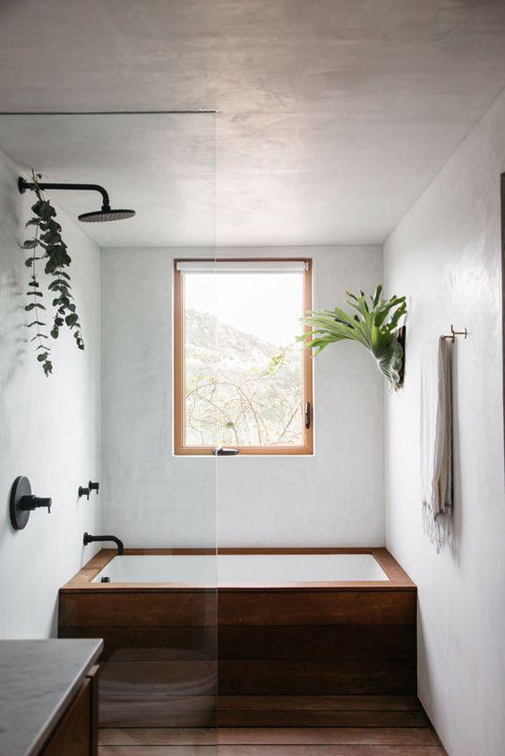 Bathroom Bathtub Ideas: Classic Alcove Tub