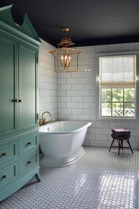 Bathroom Bathtub Ideas: Standard Freestanding Tub