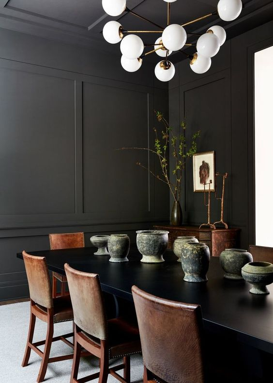 Dark Dining Room Ideas: Cool Vintage Ambiance