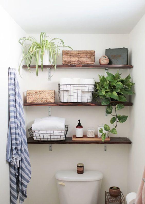 Bathroom Storage Ideas: Simple Floating Shelves