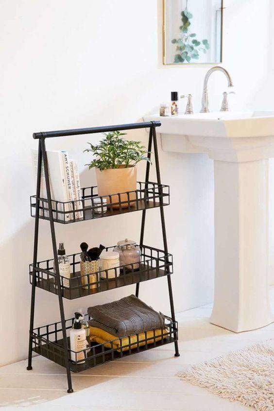 Bathroom Storage Ideas: Minimalist Storage