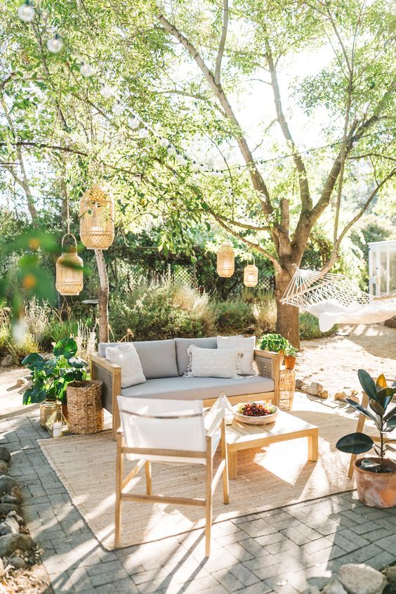 Boho Backyard Ideas: Elegant Warm Boho