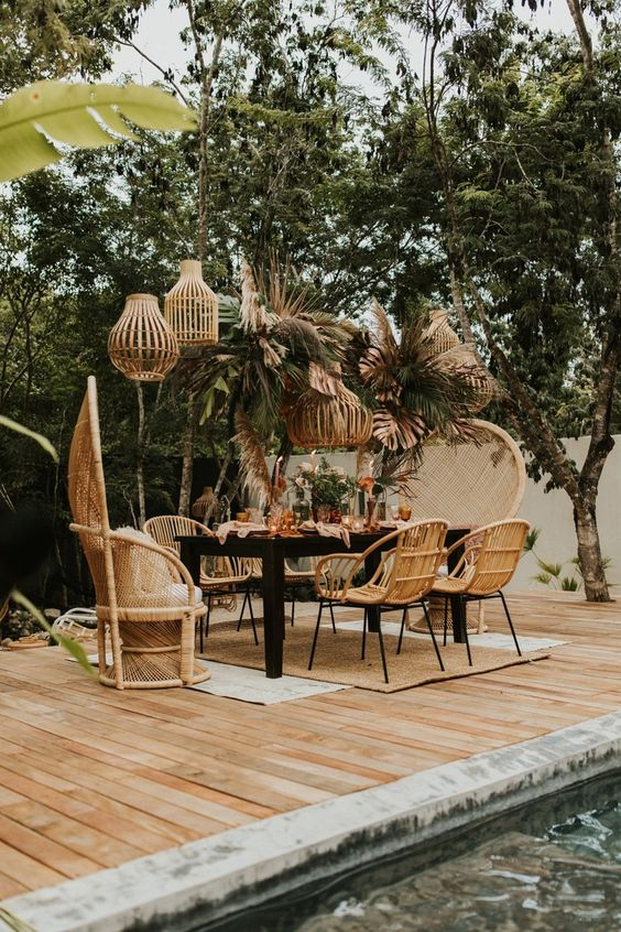 Boho Backyard Ideas: Striking Wood Domination